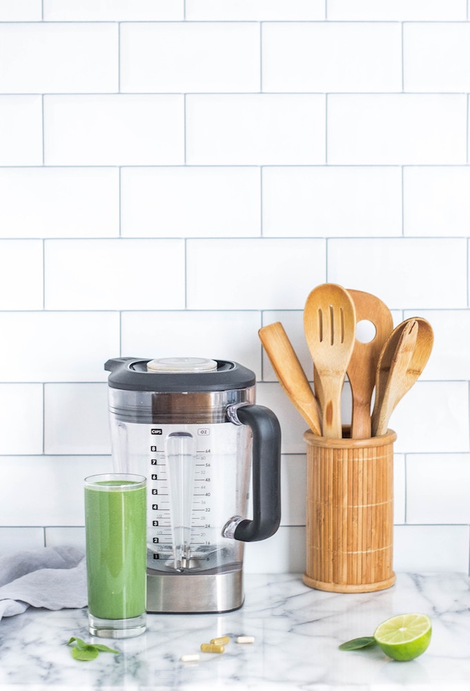 healthy smoothie shake blender kitchen utensils